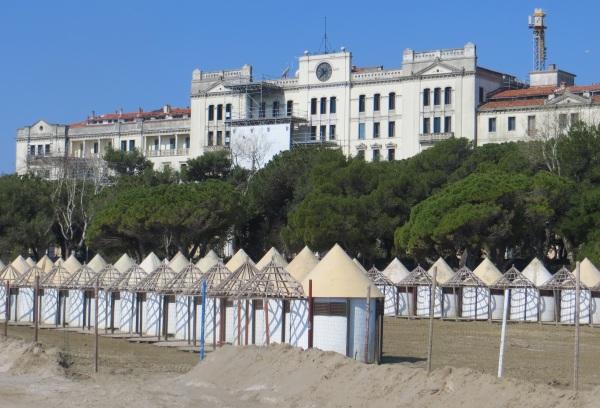 Hotel des Bains 01
